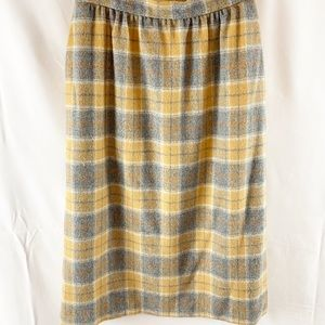 Vintage Chester Hall plaid skirt with pockets 8